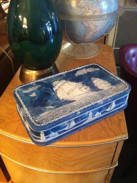 Men's Mid-Century Valet Box