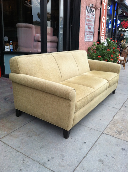 Traditional Chenille Sofa with Rolled Arms