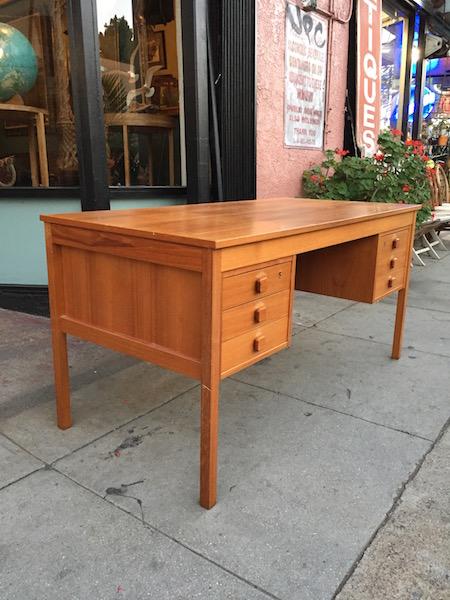 1970s Desk by Domino Mobler of Denmark