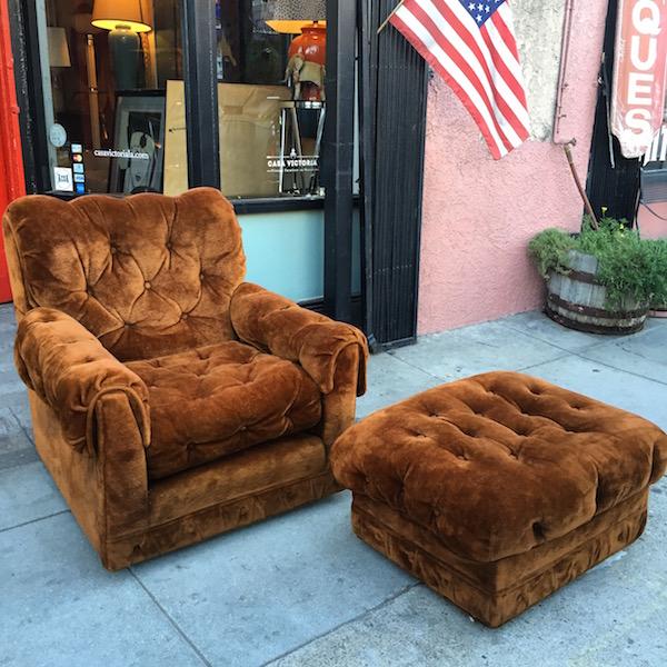 1977 Classic Plush Crush Club Chair