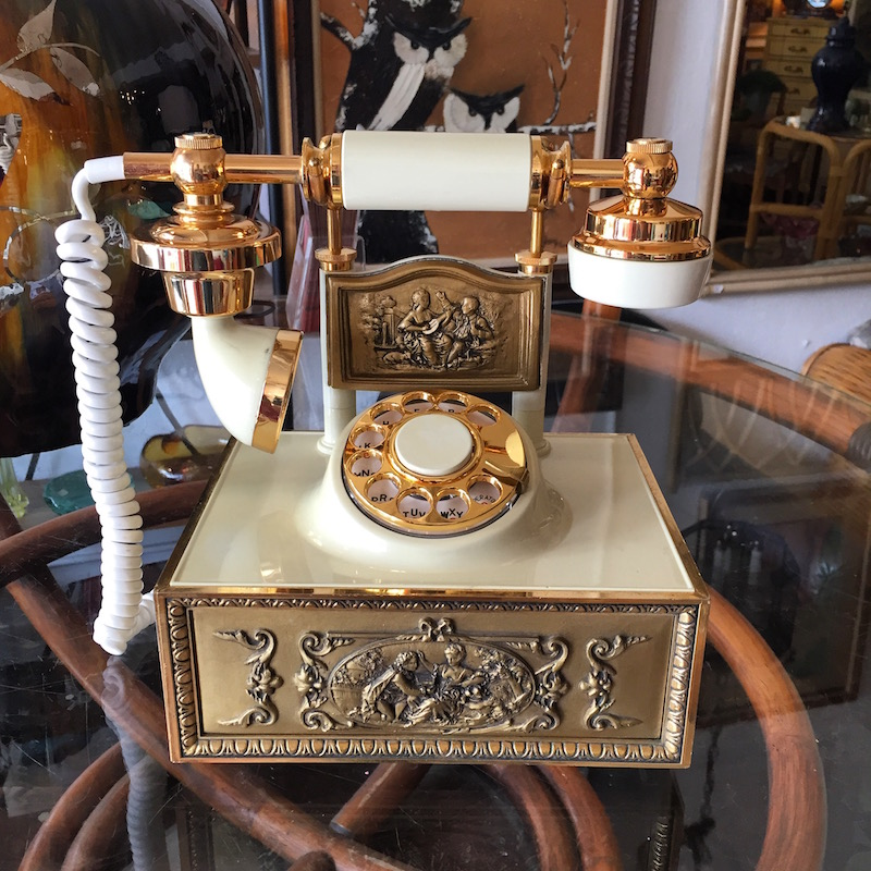 1973 Antique-style Phone