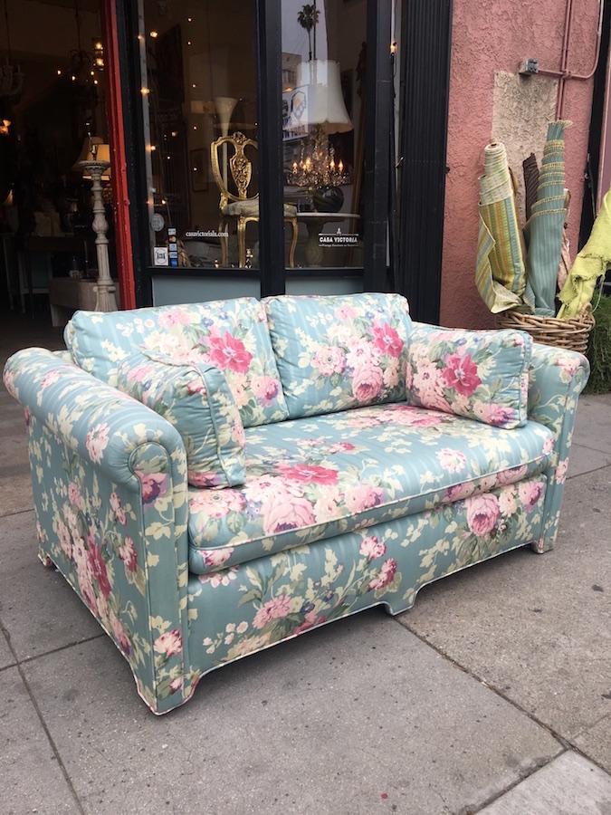 Vintage Floral Love Seat
