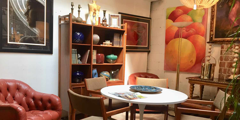 Casa Victoria Vintage 80's Furniture For Set Designers And Studios