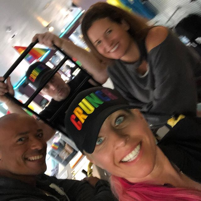 Thanks to all who came to our Crunch Pride event And especially to our AH- mazing Drag queens Chyna and Linty!!! #livelifeproud #crunchpride #sf #pride #crunchgym ❤️🧡💛💚💙💜