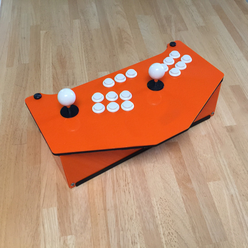 CustomizE everything: frame color, button colors andlayout, joystick ball tops, engravings, etc.So many possibilities!