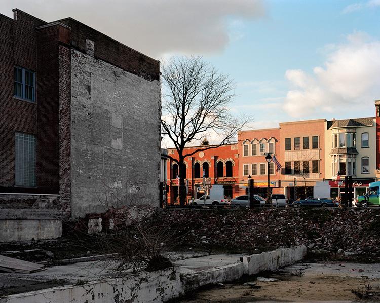 Peter Croteau,  Remnants of Bixler Hardware/Main St. Jukebox, Stroudburg, PA, 2009  (photograph)