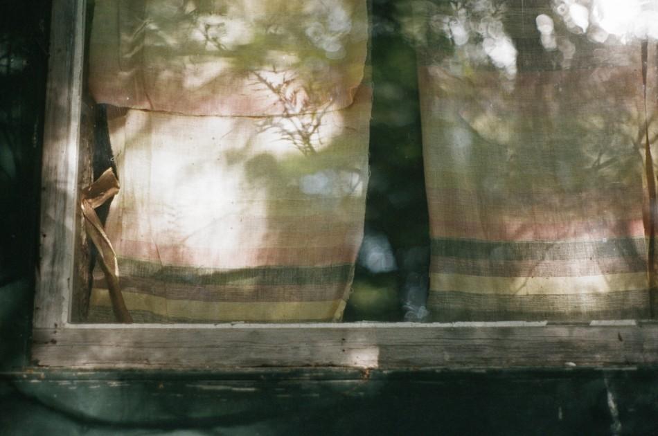 Lise Latreille , Cabin Faith  (color photograph)