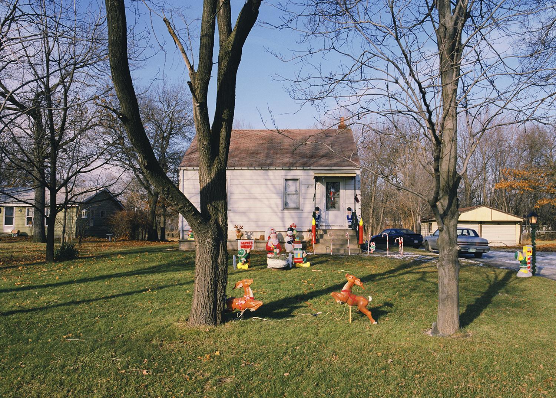 Tema Stauffer ,  Reindeer, Indiana, 2003    (photograph)