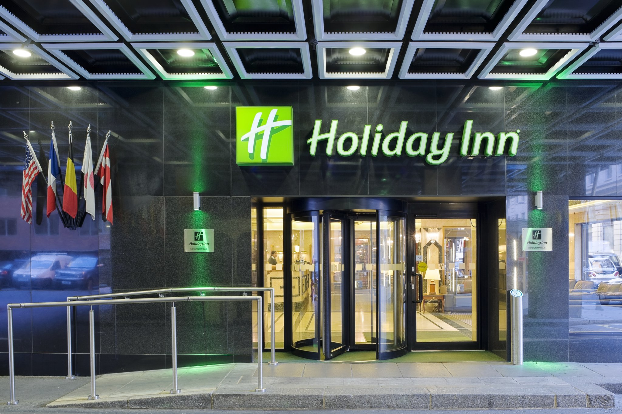 Holiday Inn    I Using culture as a prototype