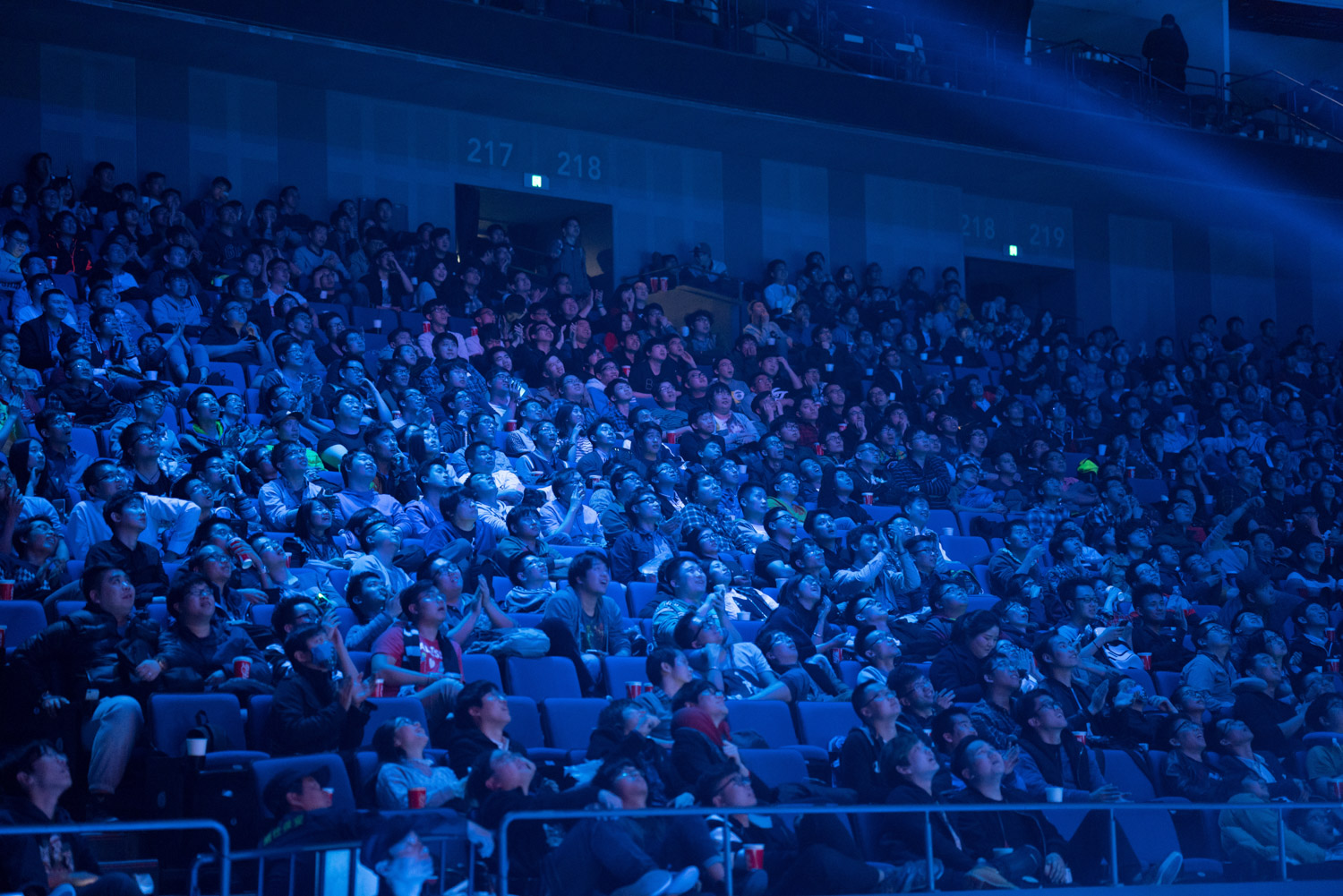 Audience reacting to the finals between Team Secret & Team Liquid ( Tim Franco for ESPN )