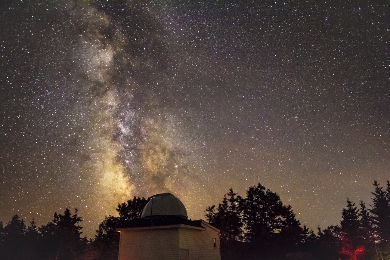 Stargazing - 9:30pm: Start the experience in the observatory's presentation room to learn about Deep Sky Eye and the basics of the night sky.Outside under the beauty of the Milky Way you will learn the basics of navigating the night sky using points of reference such as Polaris (North Star) and various constellations.Back the observatory dome where you will discover the Milky Way's hidden gems through the large telescope. See planets, nebulae, and distant galaxies close up!