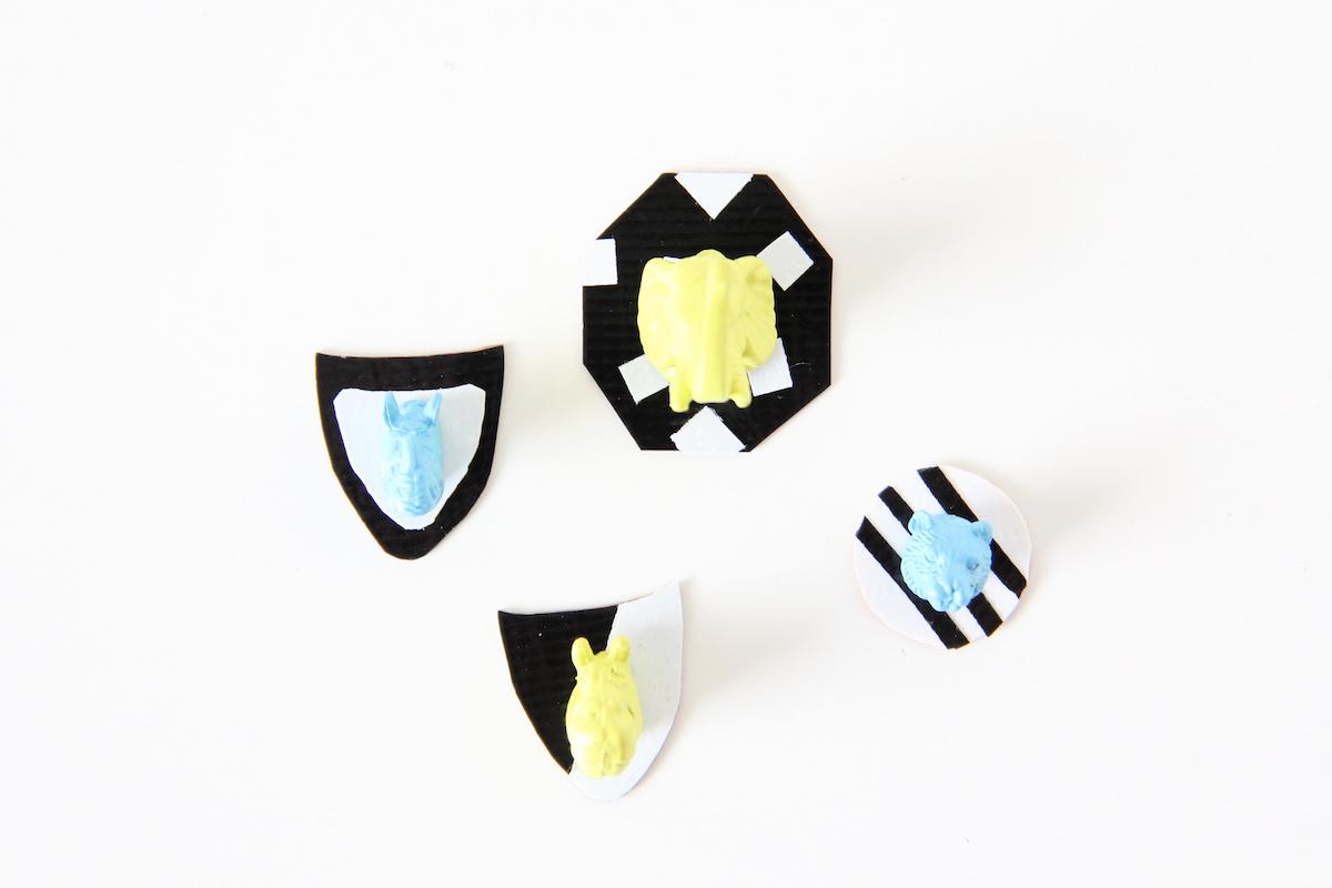 Mini taxidermy pins DIY