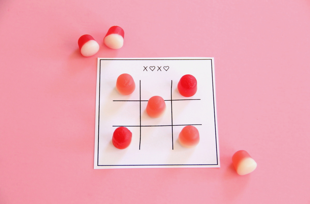 Tic Tac Toe Valentines | And We Play