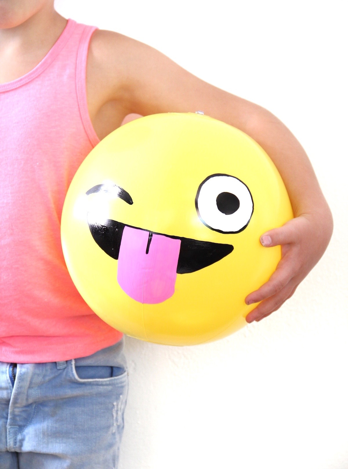 emoji balls 04 (1).jpg