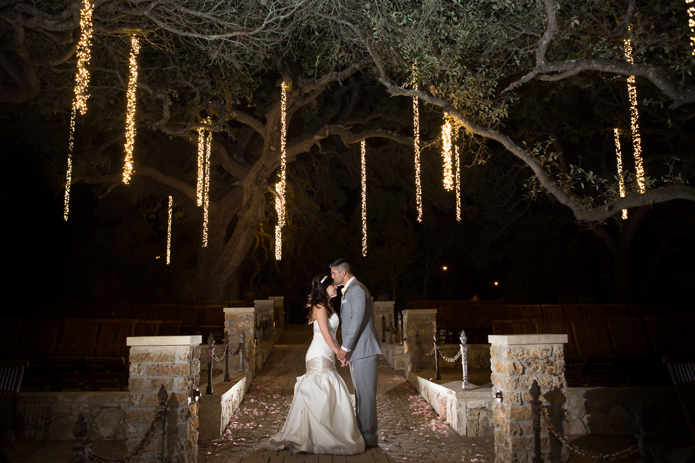 Dripping-Springs-Camp-Lucy-Sacred-Oaks-Wedding-Photos-021.jpg