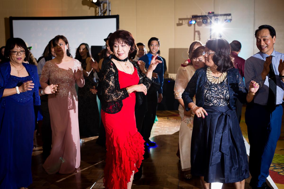 Wedding-photographer-and-videographer-austin-106.jpg