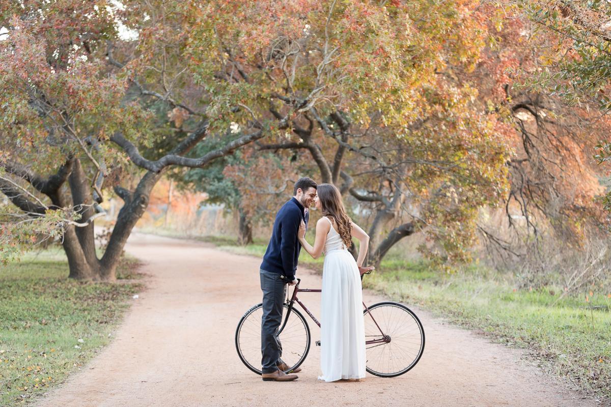 austin-texas-engagement-photos-009.jpg