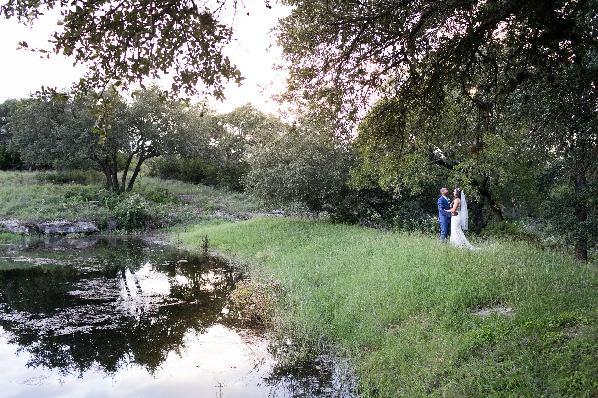 Addison-grove-wedding-dripping-springs-008.jpg