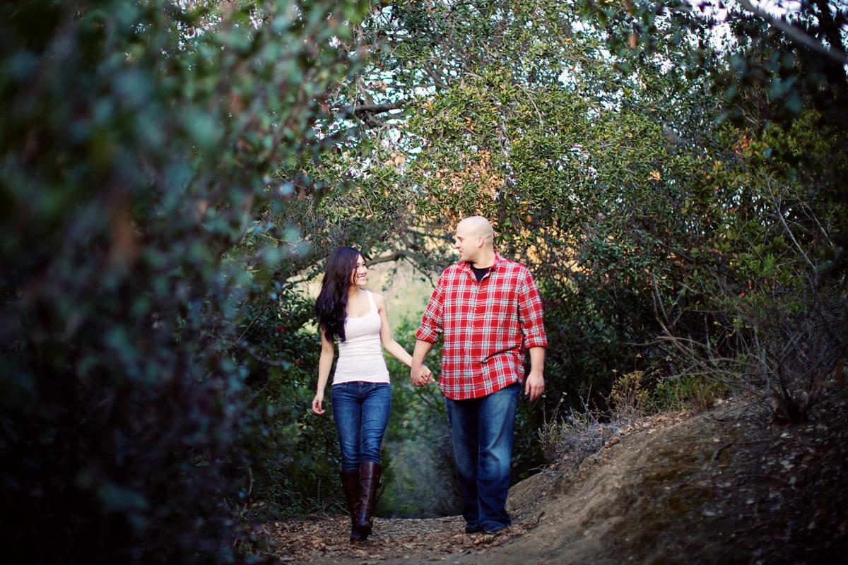 oak-canyon-trails-engagement-photography-lokitm-001.jpg