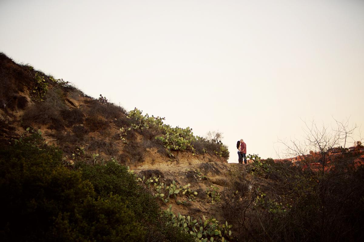 oak-canyon-trails-engagement-photography-lokitm-008.jpg