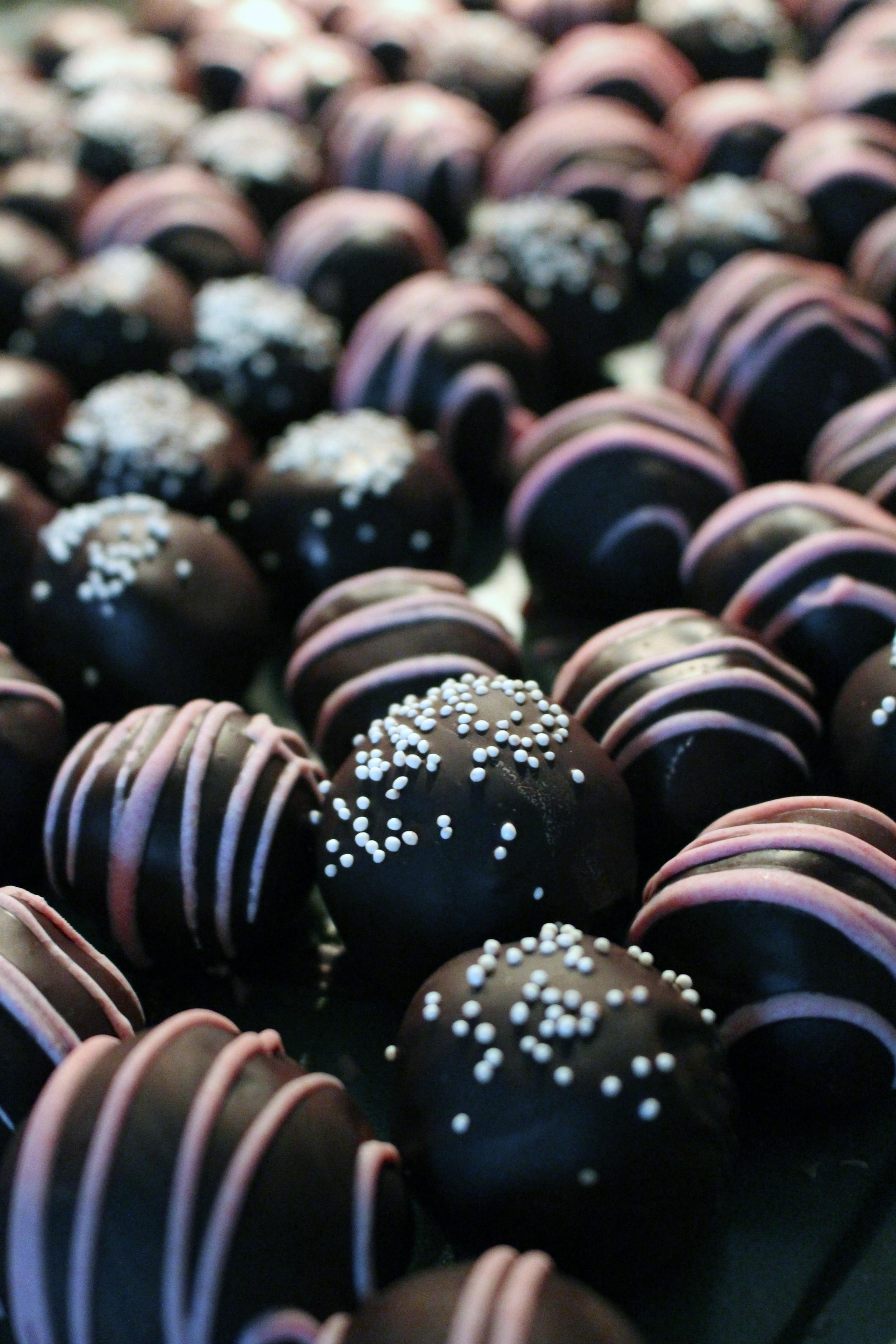 cake truffles choc.jpg