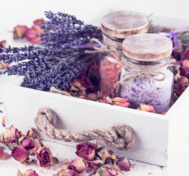 How to Make Lavender Rose Lemonade