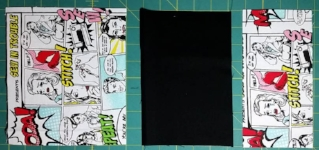 Photo # 10 : Cut  2 each of the 3 pocket pieces: small (canvas), middle (black) and large (canvas).
