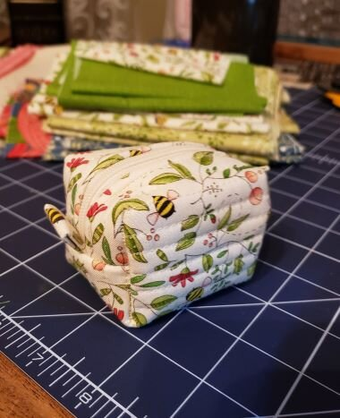 All done in no time! See Natalie's pattern for her fun ideas to add variety to the way you finish your boxes