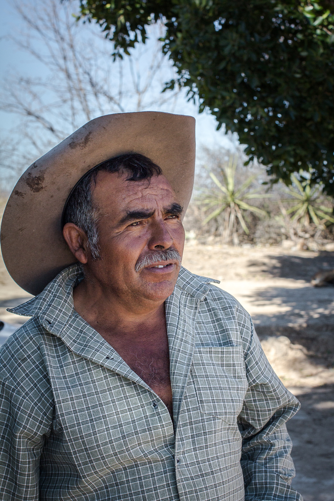 Maestro Mezcalero Victor Ramos