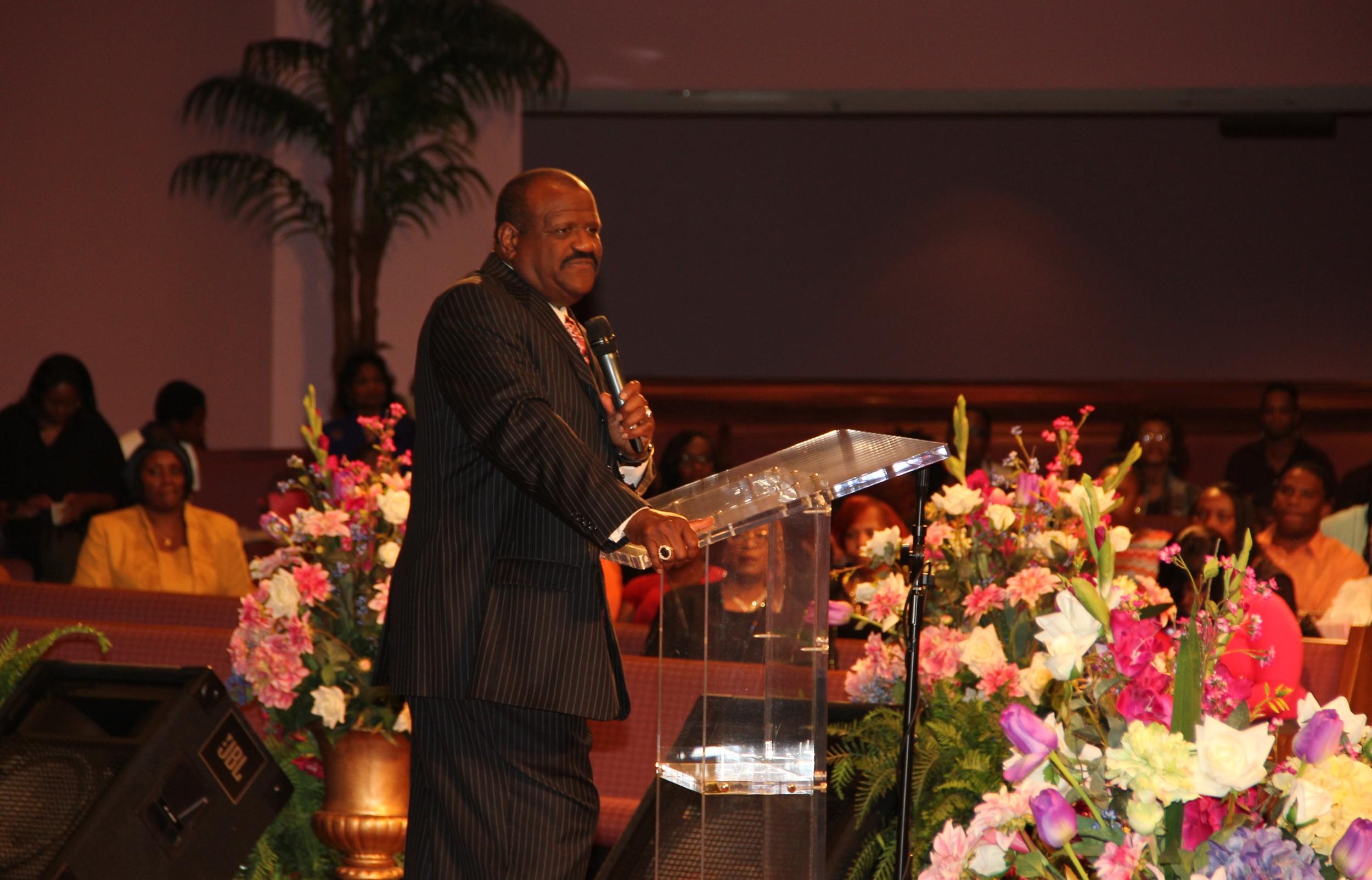Bishop Virgil Jones speaking in Santuary