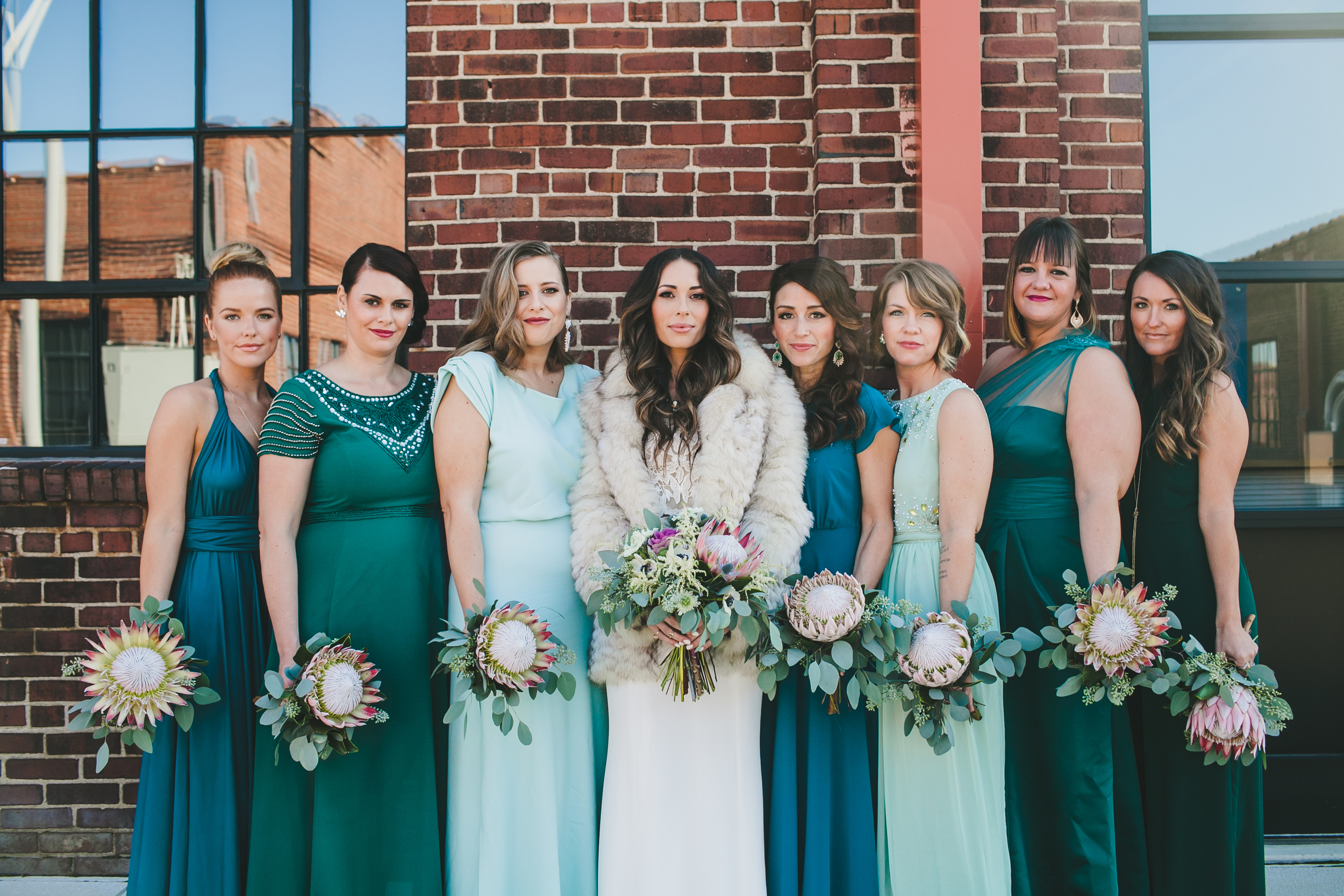 Kneale_Wedding_Bridesmaid_Flowers
