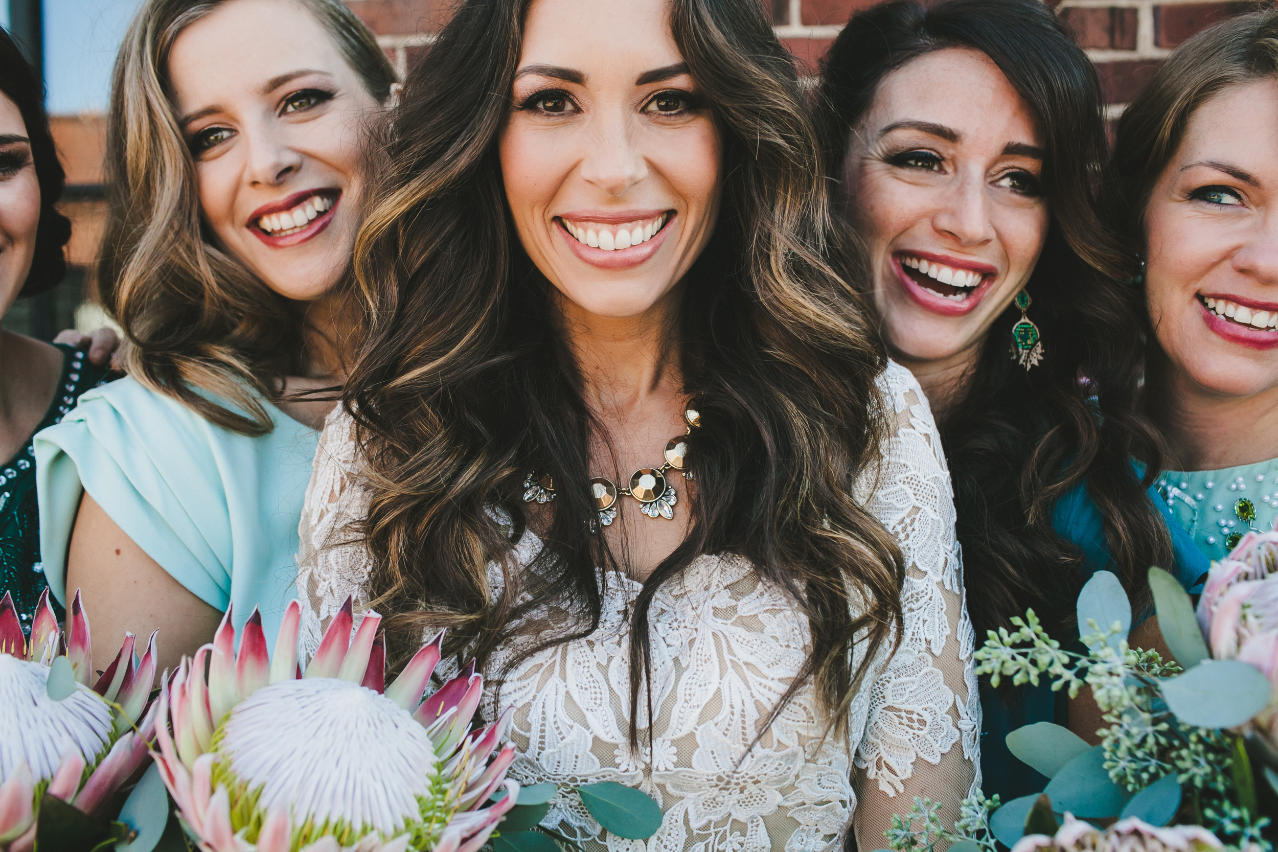 Kneale_WEdding_Bridesmaids_Close