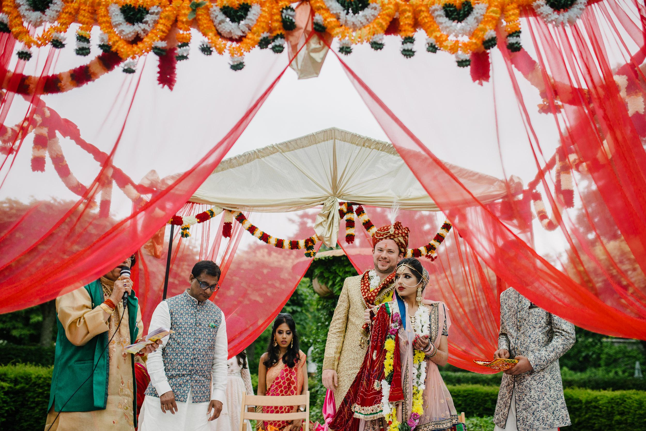 larchfield hindu wedding northern ireland-77.jpg