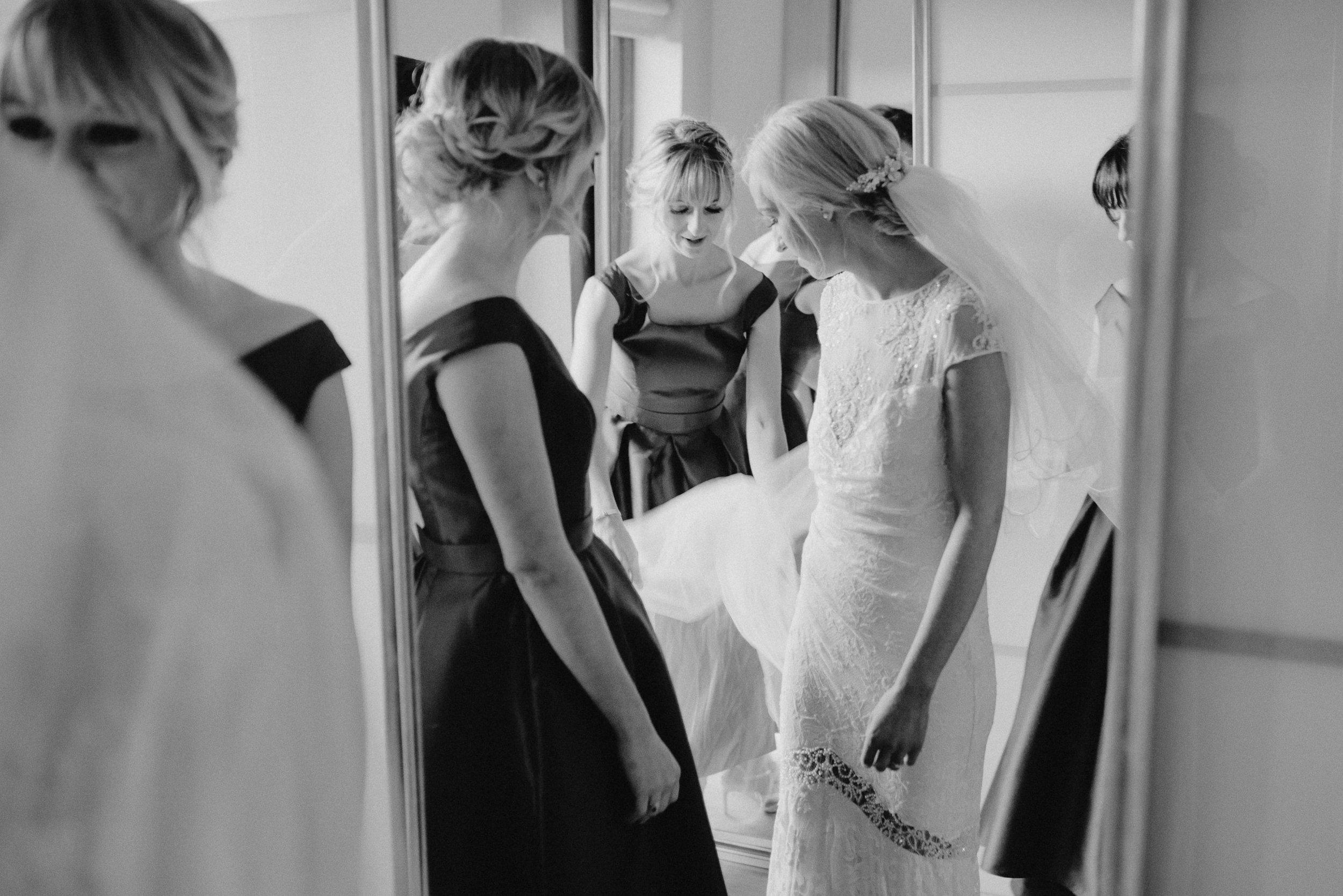 larchfield estate wedding photos-23.jpg