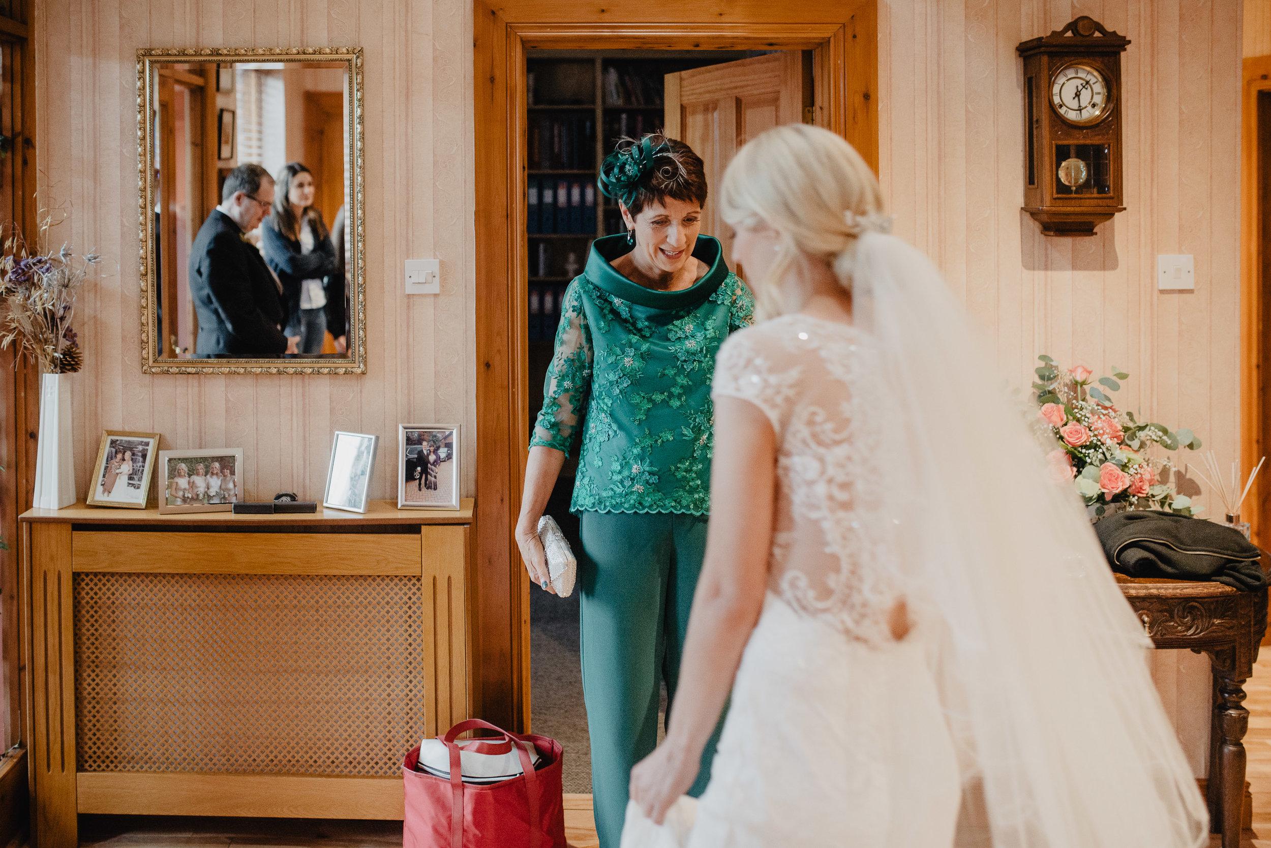 larchfield estate wedding photos-28.jpg