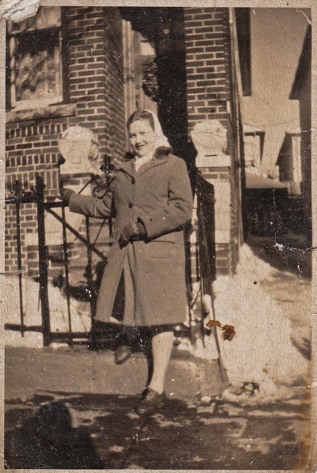 Arlene - Christmas 1945