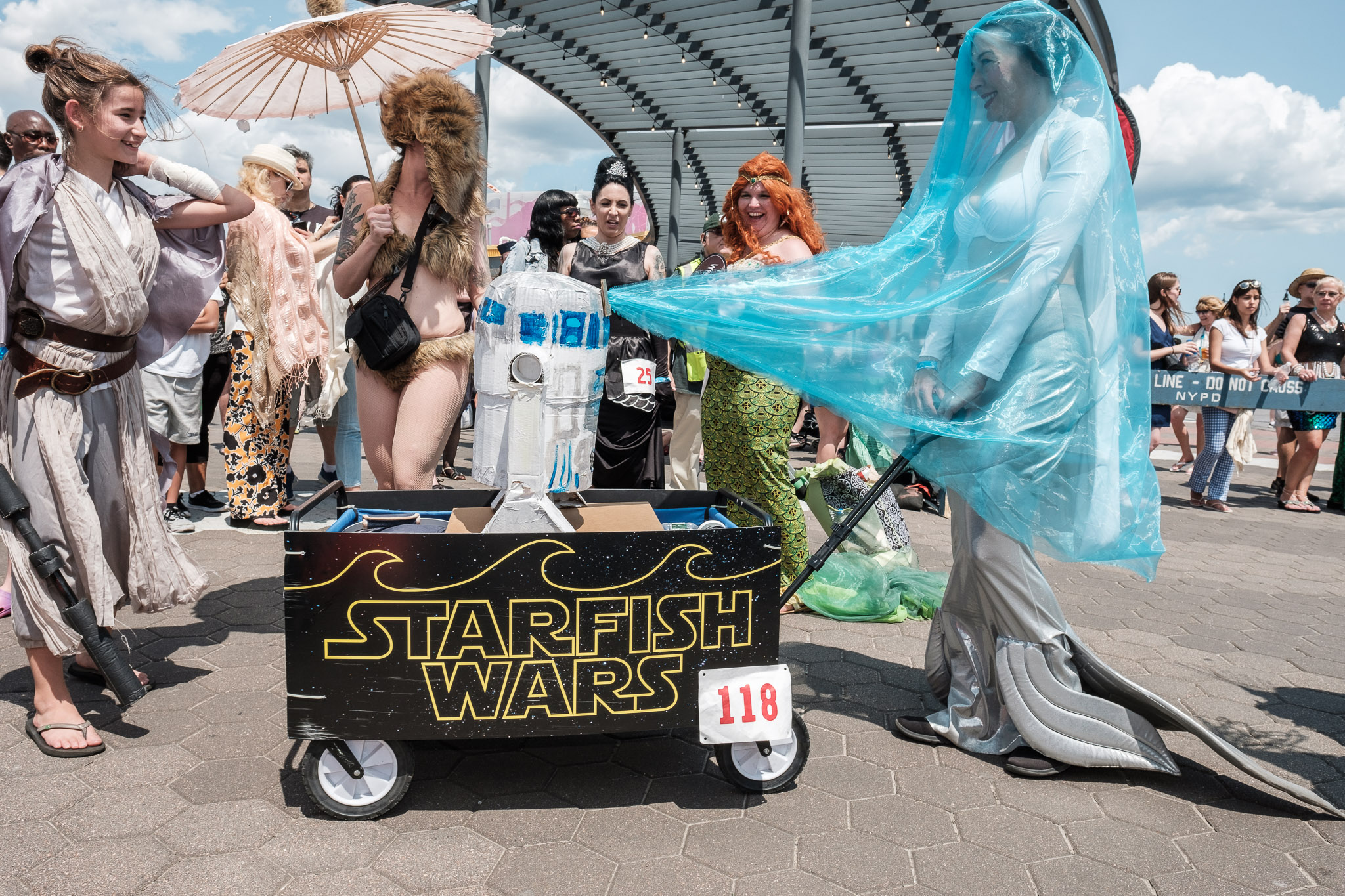 2019_mermaid_parade_009.jpg