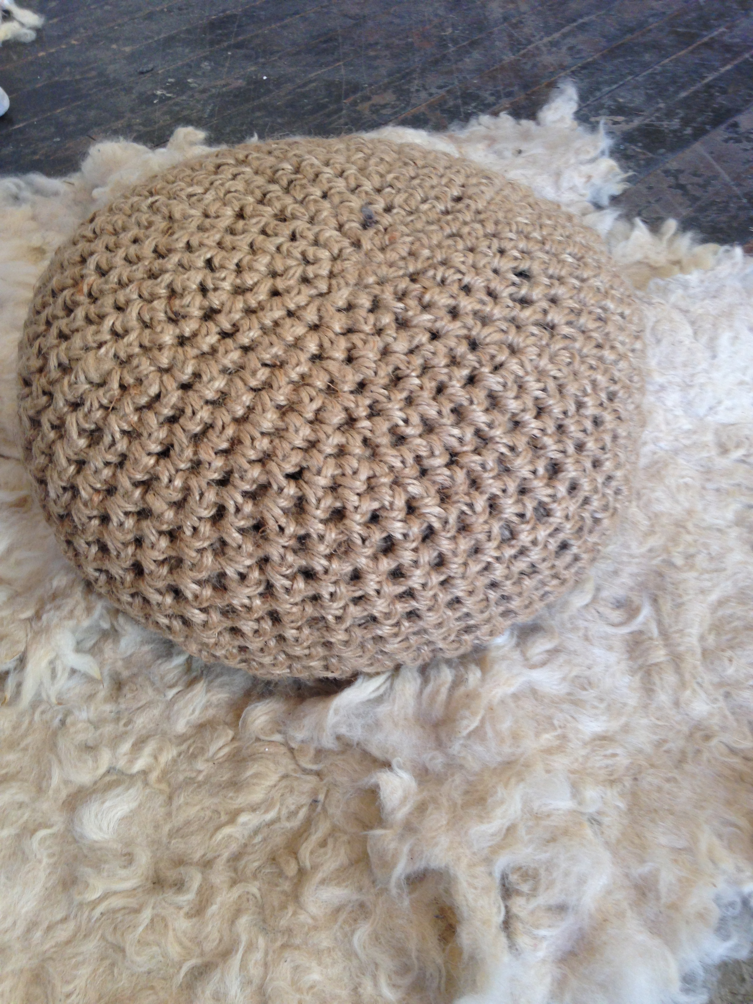 crochet pouf.JPG