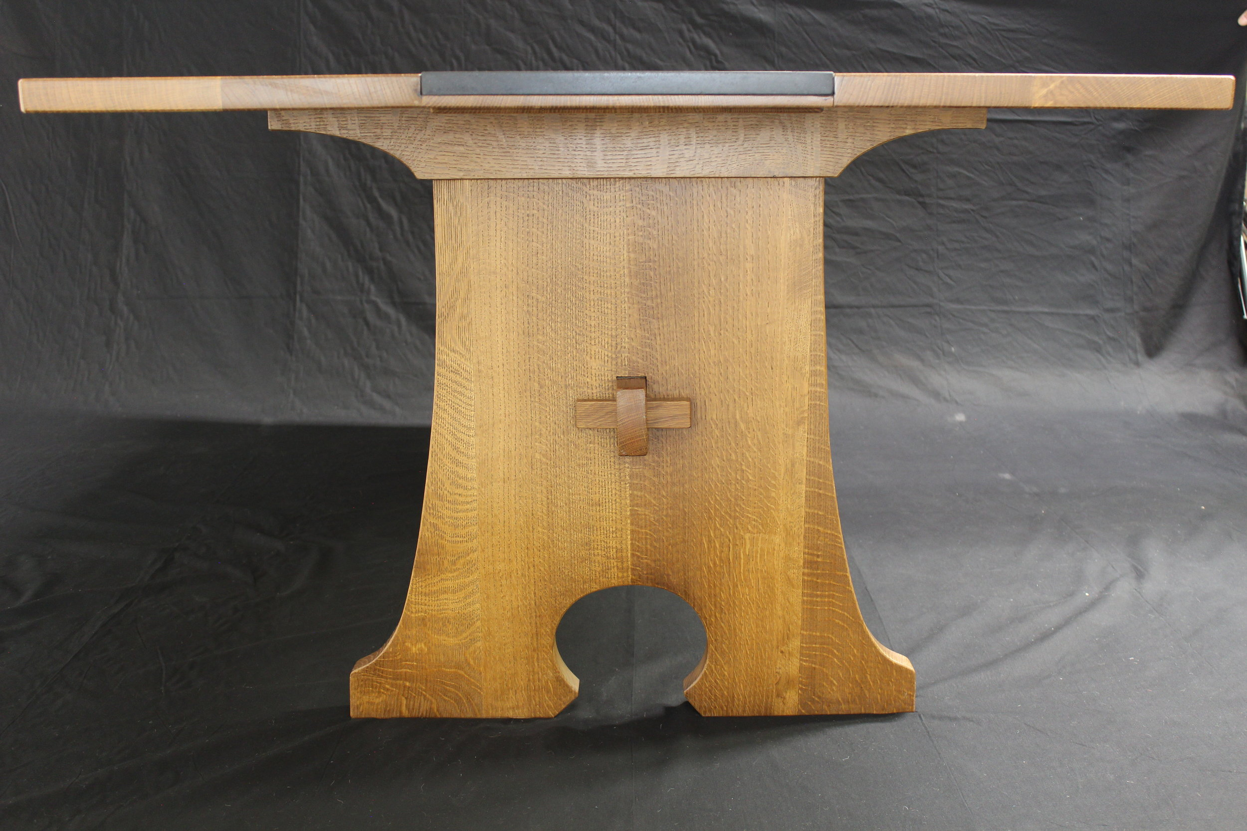 Oak dining table low end view.JPG