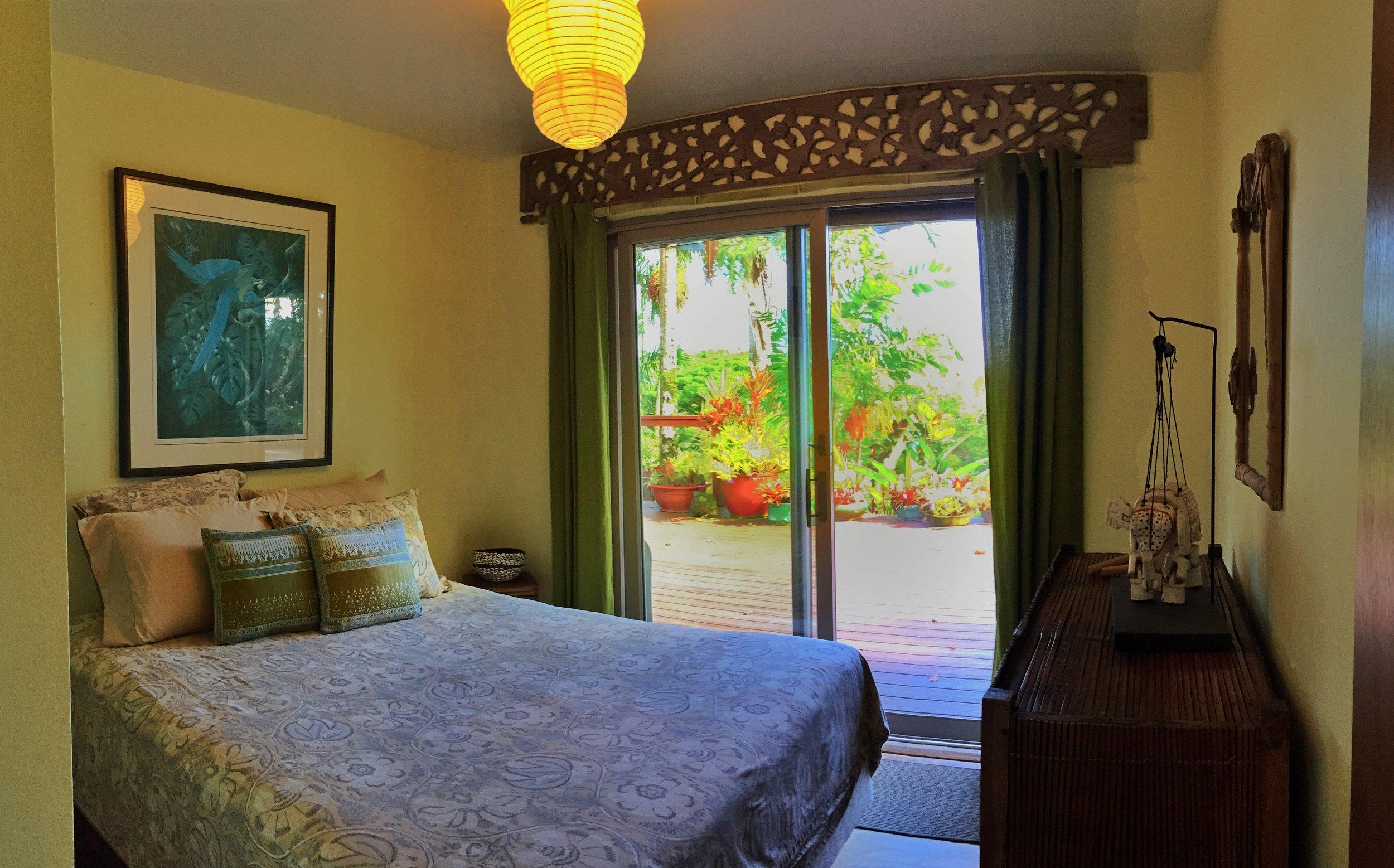 Bedroom 1 pic1.jpg