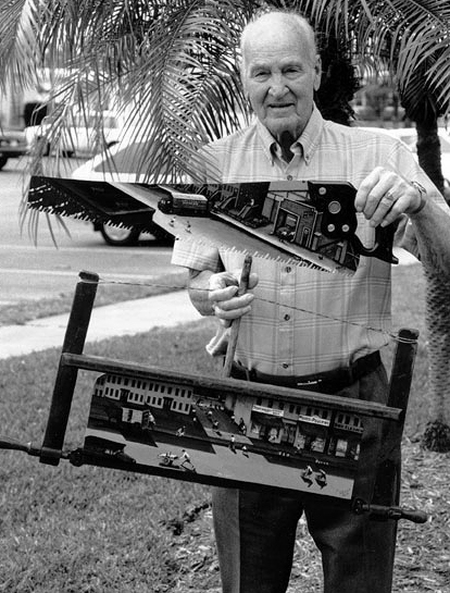 Jacob Kass in Florida, April 1991  (PHOTOGRAPH: Charles Rosenak)