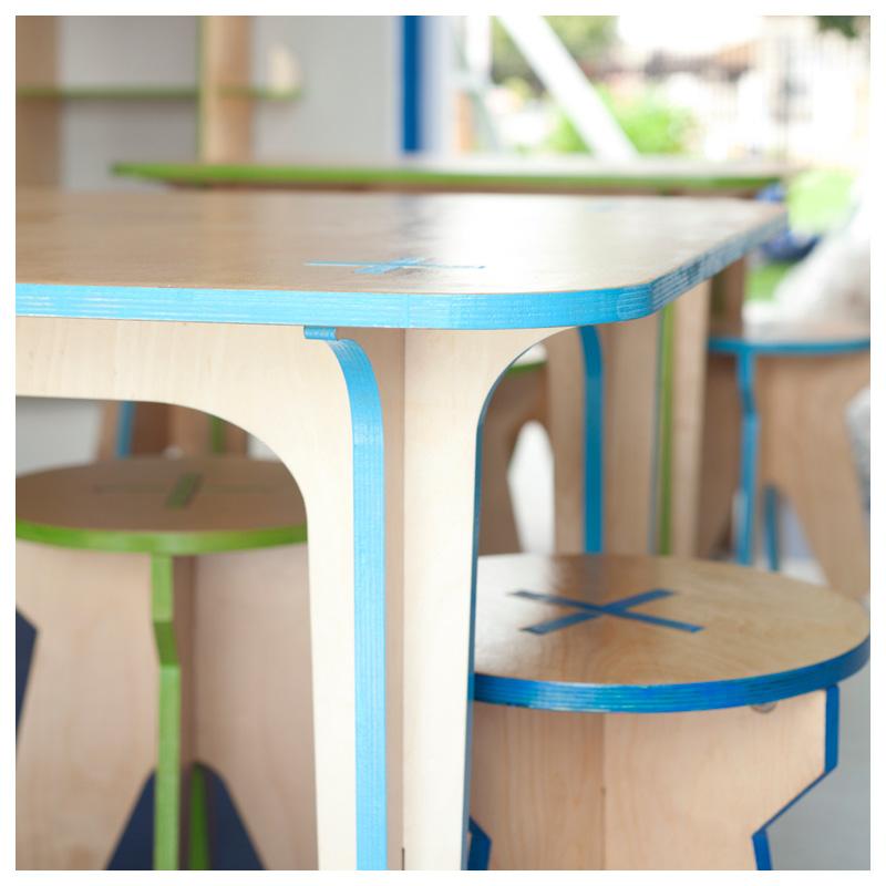 +PLUS kids table_2.jpg