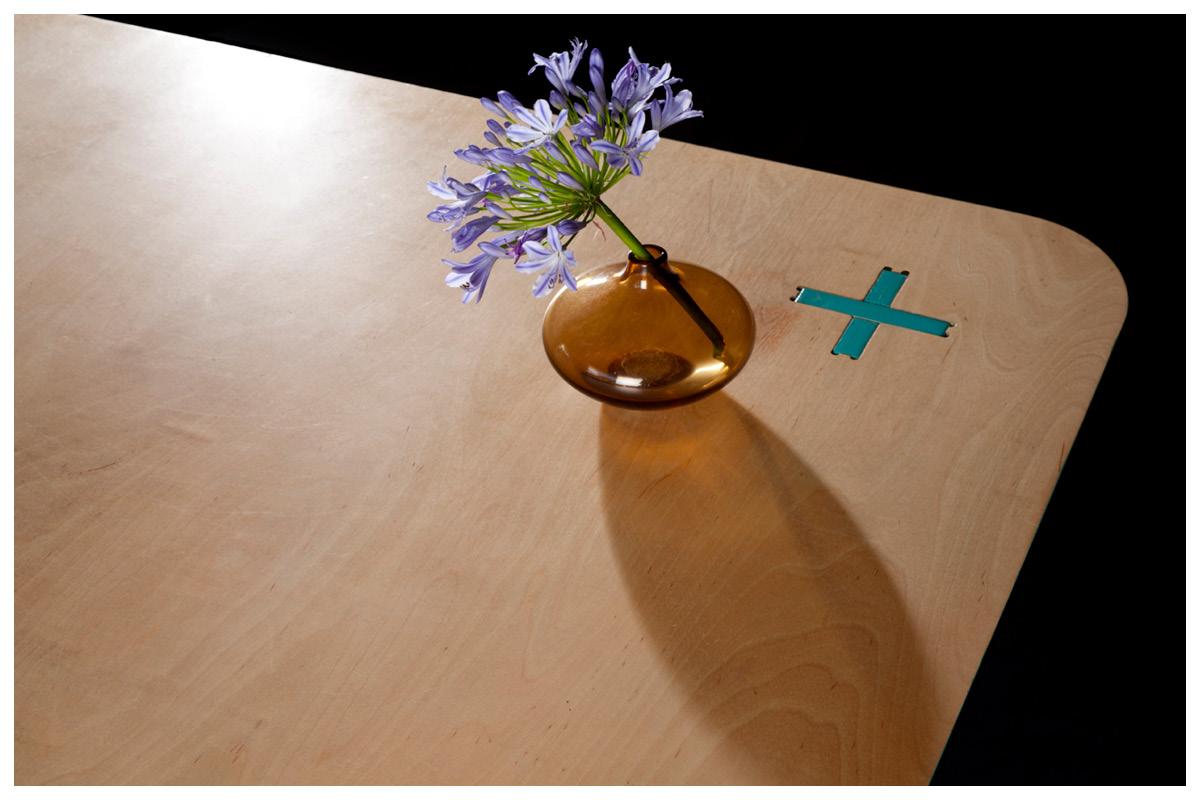 +PLUS desk_5.jpg