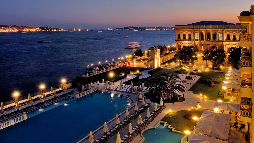 002899-09-exterior-bosphorus-view-ciragan-palace-at-night.jpg