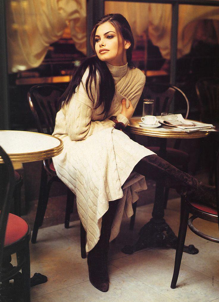 {Gretha Cavazzoni en el lente de J. R. Duran, 1992. //  via Pinterest }