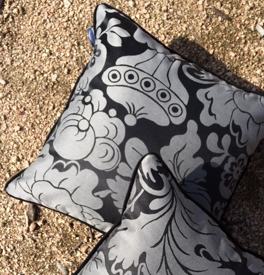gravel_pillows.JPG