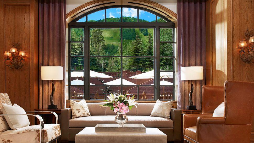 001591-10-Shadow-Mountain-Lounge.jpg
