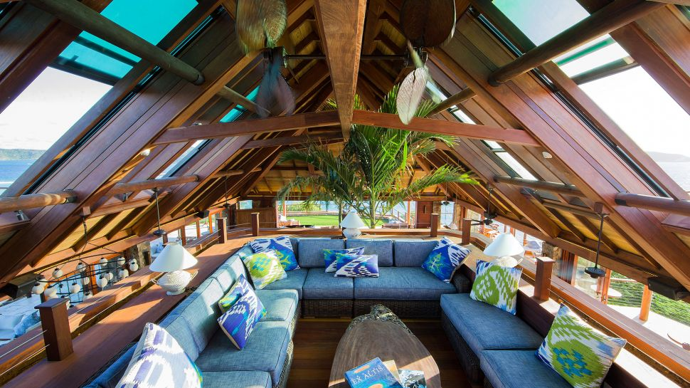 004746-16-necker-island-great-house-mezzanine.jpg