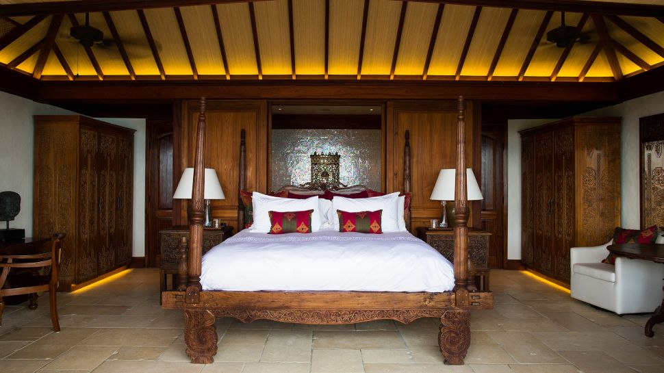 004746-20-necker-island-great-house-room-5.jpg