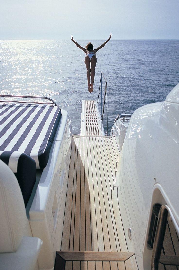 {image via  Vogue Italy }
